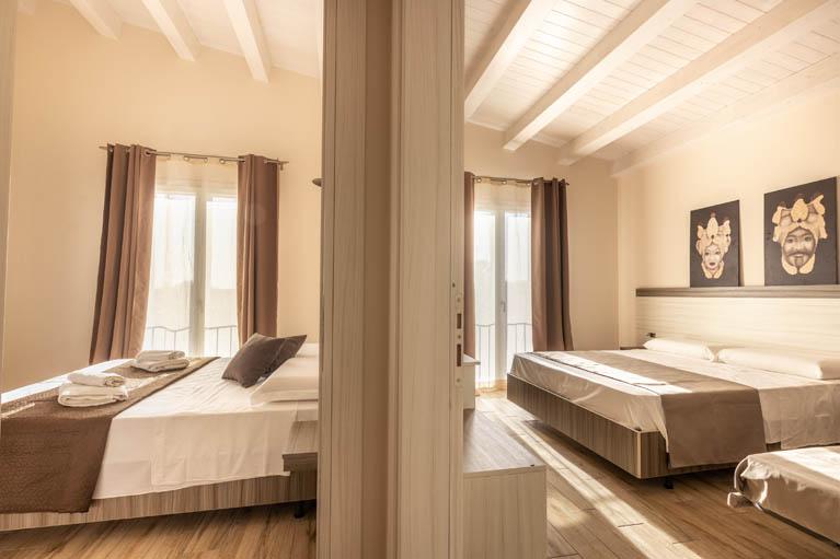 family-room-tramonto-ibleo-resort-avola-0