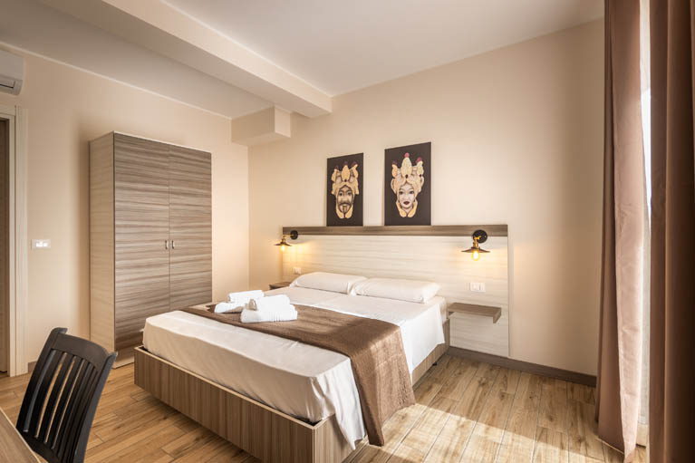 standard-room-camera-matrimoniale-tramonto-ibleo-resort-avola-4