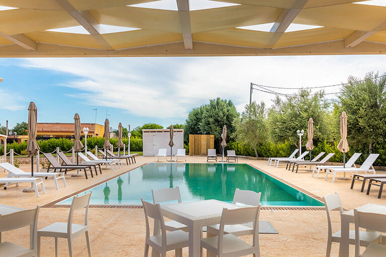 piscina-tramonto-ibleo-resort-avola-3