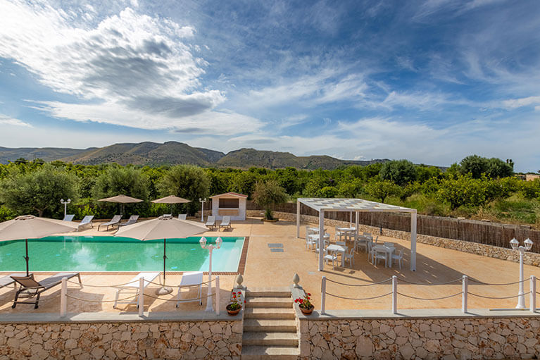 piscina-tramonto-ibleo-resort-avola-9
